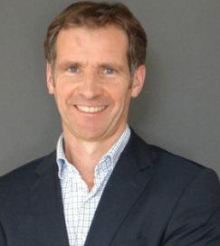 Van Staveren: 'Dichtregelen en controleren van systemen werkt niet meer'
