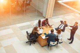 Werkrelaties: Je hoeft geen vriendjes te worden met ál je collega's