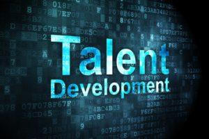 Verstikken, verdragen of versterken van talenten